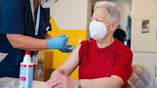 Stiko-Vorsitzender Mertens: Corona-Impfung muss aufgefrischt werden