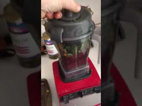 Organic cold pressed vegetable juice made at home