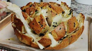 चीज़ गार्लिक ब्रेड रेसिपी    Blooming Cheese Garlic Bread