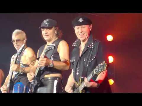 "Scorpions - Crazy World Tour 2017 ( Екатеринбург, КРК ""Уралец"" 09.11.2017)"