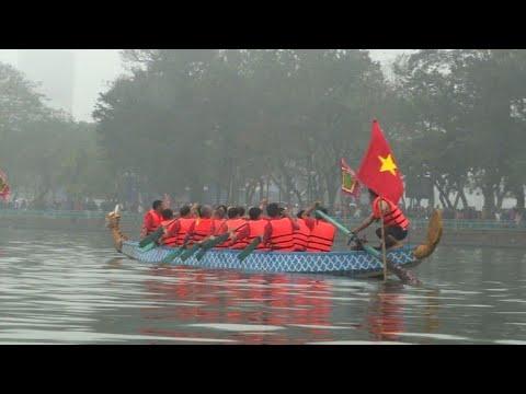 AFP news agency: Dragon boat race makes a splash in Hanoi