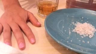 El medio homeopático del hongo en los pies
