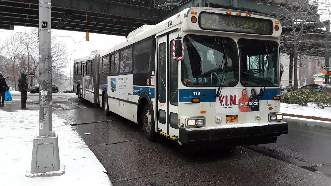 Mta 2003 New Flyer D60hf Galaxy Articulated 118ex 5572 Bx2 Bus
