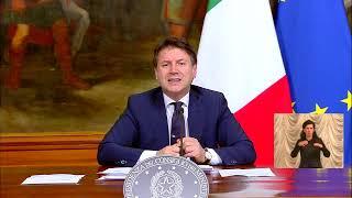 Conferenza stampa del Presidente Conte con i Ministri Gualtieri, Azzolina e Patuanelli