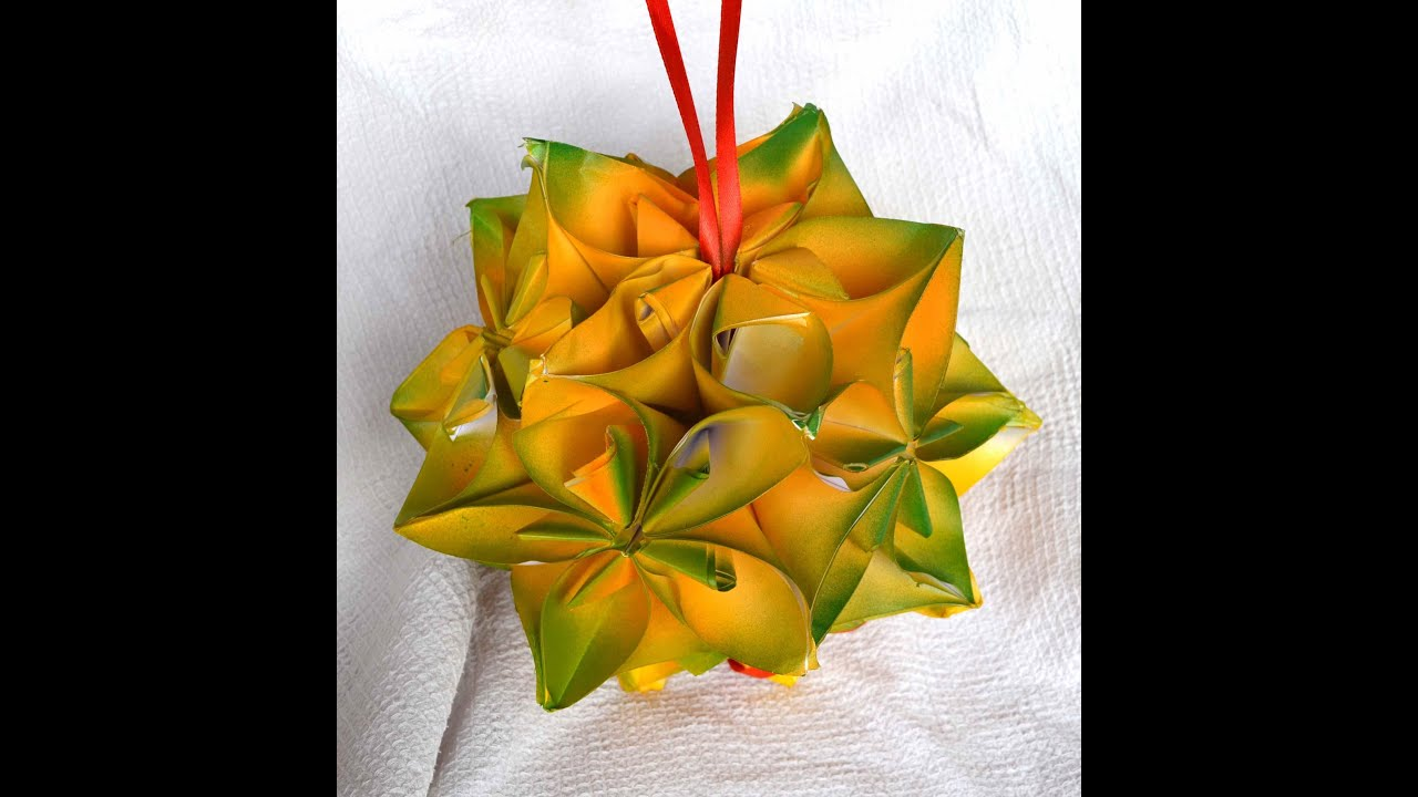 How To Make A Christmas Ornament With Paper