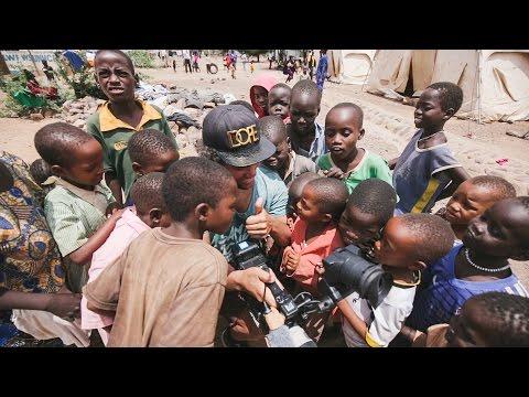 VLOGG   Blodig Programledare - På plats i Kenya