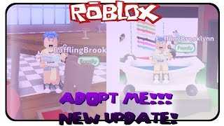 SO MANY GIFTS! - (NEW UPDATE) Roblox Adopt Me!