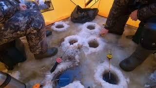 Открыли сезон Наш снегоход и настоящая рыбалка