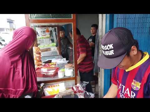 SPESIAL DAN RAME!!! ES CINCAU HIJAU DI KOTA HUJAN BOGOR - INDONESIAN TRADITIONAL STREET FOOD