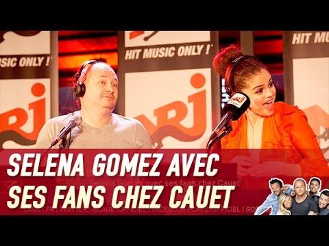 Selena Gomez avec ses fans chez Cauet -...