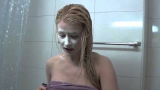 Прикол над девушкой в душе - Funny girl in the shower