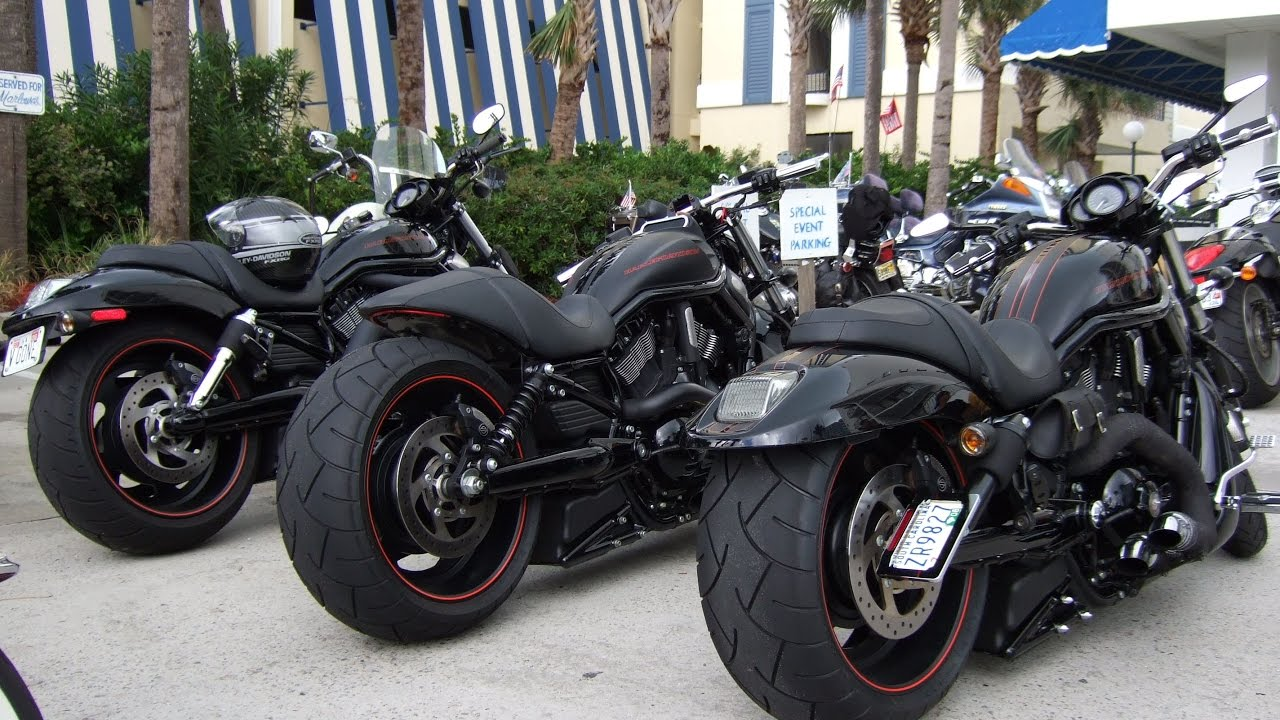 Harley Davidson: Harley Davidson V Rod Customizing USA Bikes