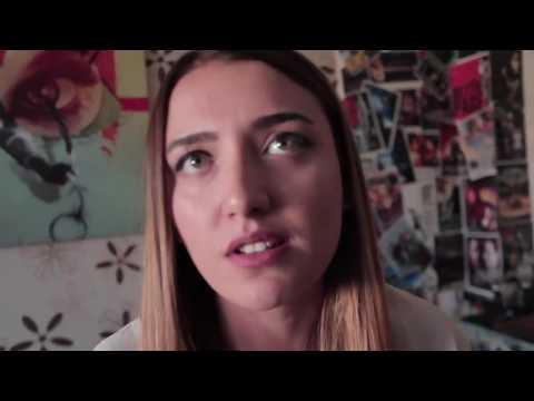 İspanya - Türkiye Maçında Sevgilisi İle İddiaya Girip Sevgilisinin Saçını Kesen Genç