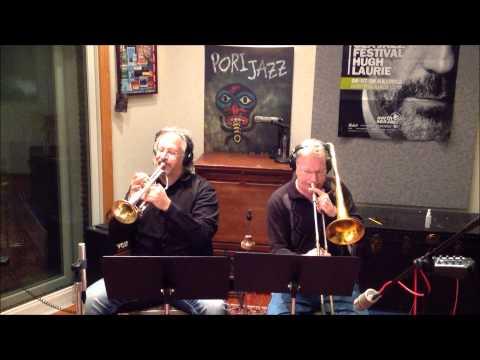 Horn Section Steve Jankowski trumpet Tom Timko sax Jens Wendelboe trombone Latin song