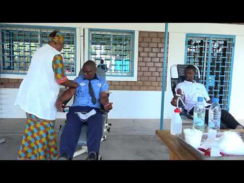 DON DE SANG PAR LE PERSONNEL DE L'OMS AFRIQUE AU CONGO BRAZZAVILLE PASCAL GANGA N'DIAYE
