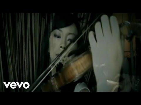 She - Mencoba Mencintaimu (Video Clip)