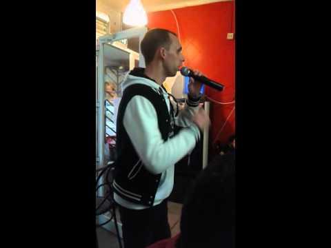Karaoke do Asfalto, Além Mar, voz Fortunato