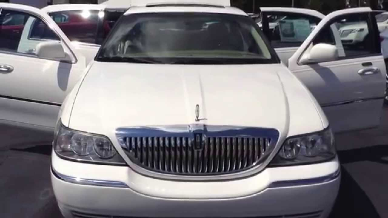 2006 White Lincoln Town Car Mullinax Lincoln Automotive Stk 5390