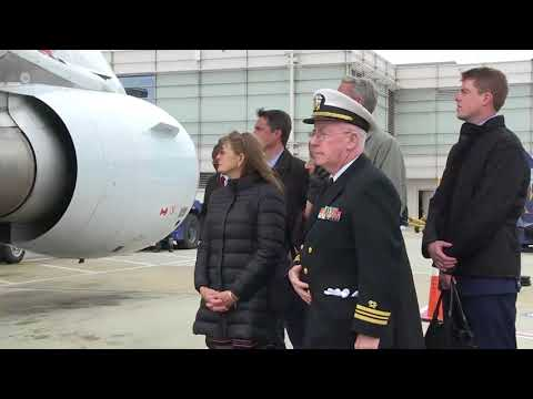 U.S. Navy Ceremonial Guard conducts dignified transfer ceremony for Capt. Thomas J. Hudner Jr.