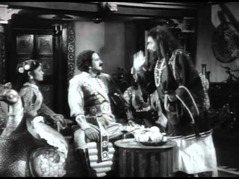 Pudhumai Pithan - Tamil Classic Super Hit Movie - M. G. Ramachandran, T. R. Rajakumari