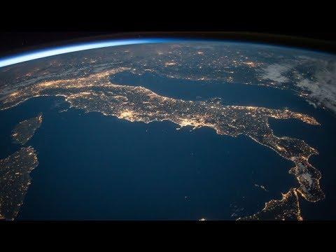جيل الأمل.. مبادرة تُحفّز طلبة المدارس على استكشاف الفضاء  - 14:56-2019 / 4 / 17
