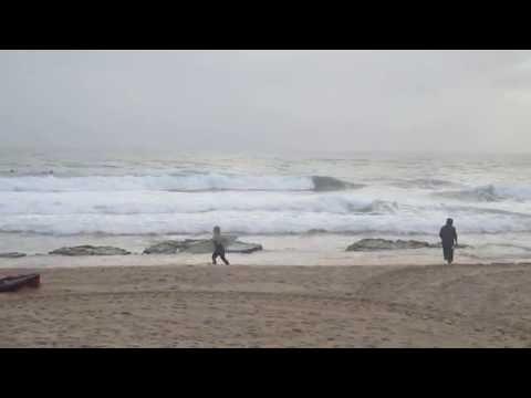 Surfing in Carcavelos beach in November, Lisbon