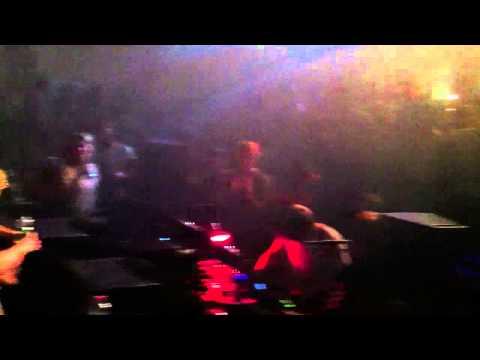 Weval Live @ Pixel TrouwAmsterdam (6-12-13)