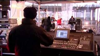Hot Chip - Ready For The Floor (live on Sound 2008)