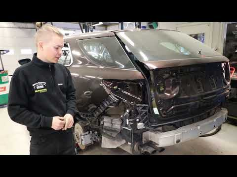 Saab Workshop In Sweden Restores Saab's