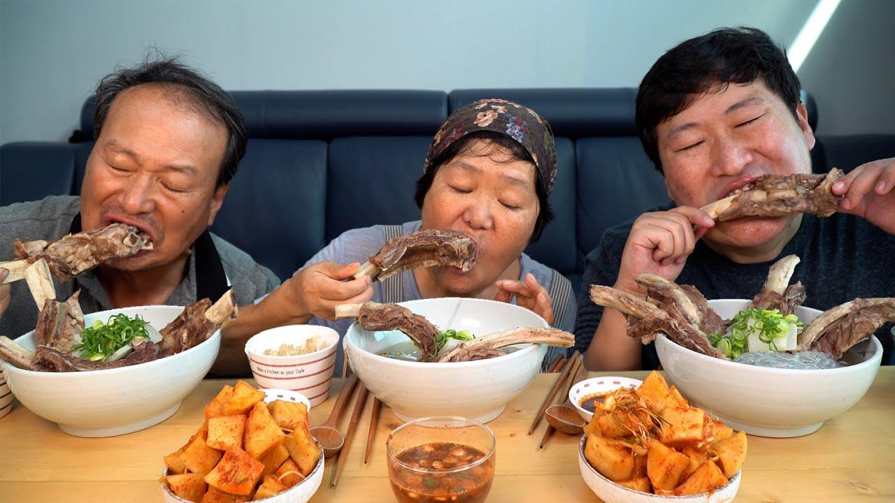팔뚝만한 골프채소갈비 가득 넣은 골프채갈비탕! (GALBITANG, Korean beef ribs soup) 요리&먹방!! - Mukbang eating show