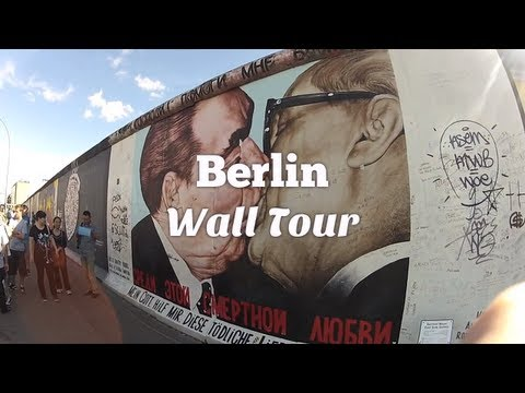 Berlin Wall Tour: East Side Gallery, Bornholmer Straße, Mauerpark (Travel Videoblog 025)