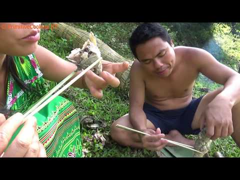 Primitive Technology - Fish trap at river and Cooking fish in bamboo skills - Eating delicious