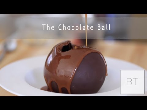 Making a hollow chocolate sphere