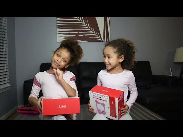 Dani and Dannah Review MindKoo headphones