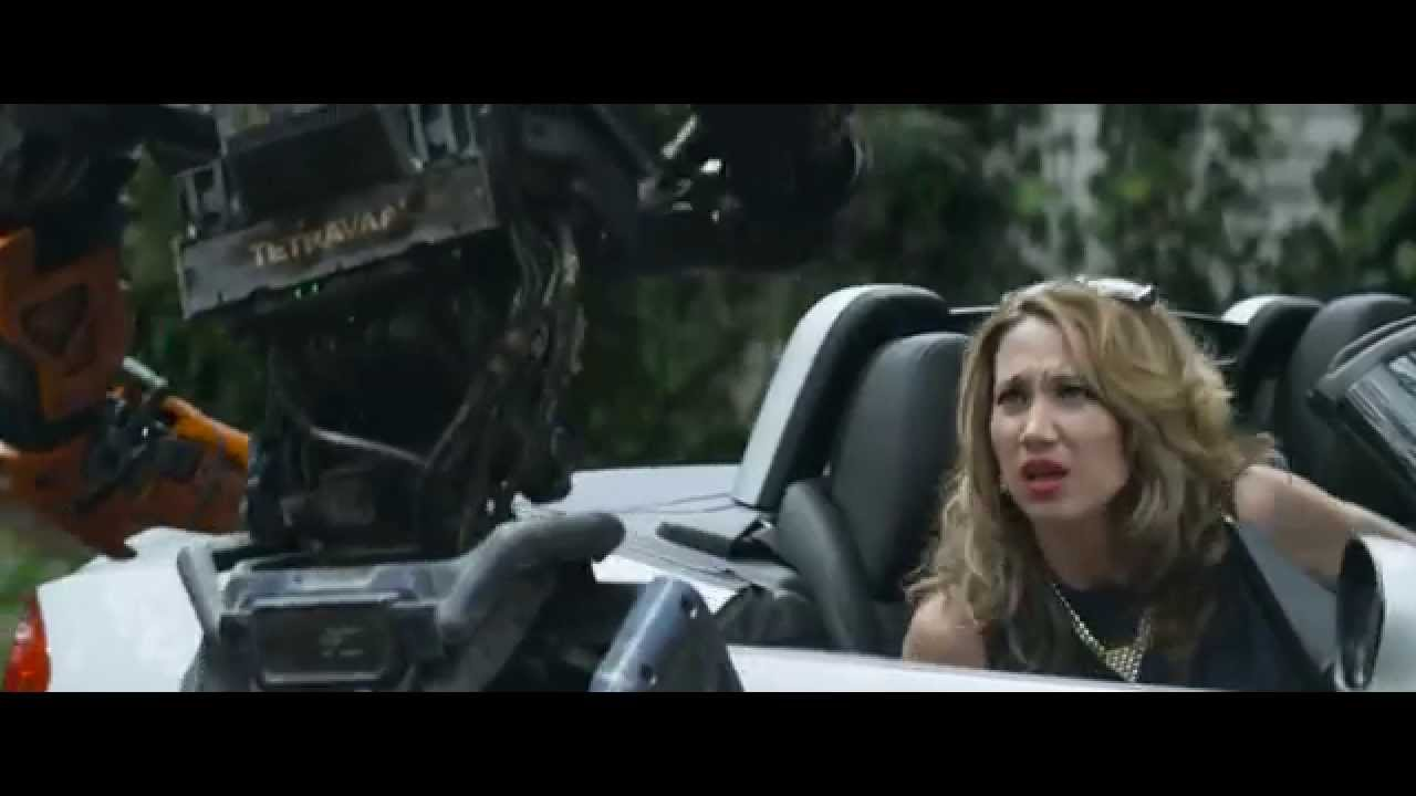 Download Chappie - Don't steal daddy's car  [1080 HD]
