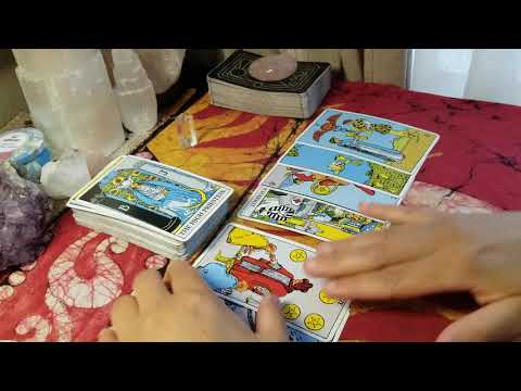 The Tower Moment – Max's Tarot & The Tower Moment