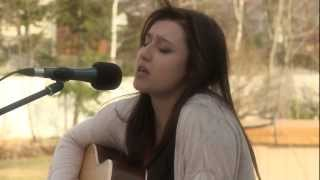 Caroline Savoie - Ain't No Sunshine (Bill Withers - Acoustic Cover)