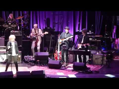 Love Rocks ft Emmylou Harris, Norah Jones, Lucinda Williams - When Will I Be Loved 3-15-18 Beacon