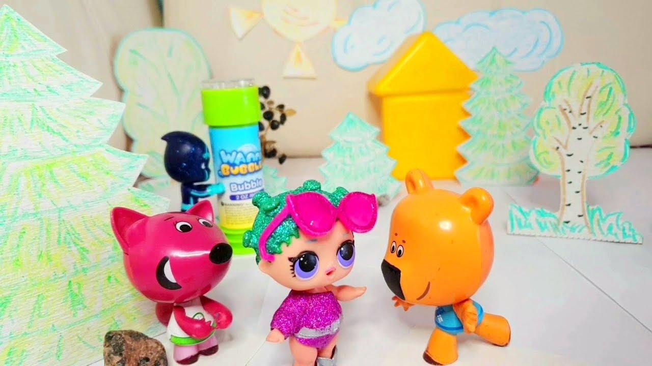 Ми-ми-мишки Мультики про дружбу  Кеша и Лисичка играют с мыльными пузырями канал Игрушки для Ксюшки