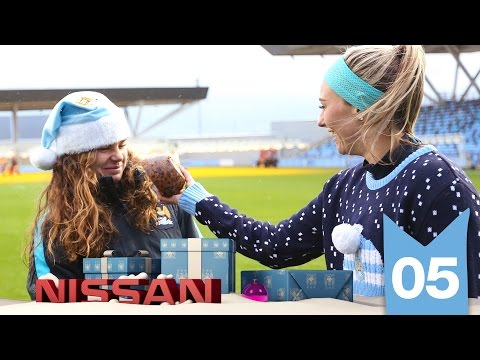 DUGGAN'S BRILLIANT PUDDING SHOT | Man City Advent 2015 | Day 5
