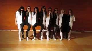 Fekete - Fehér tánc - 12.D -  Ferenczi, szalagavató - 2013