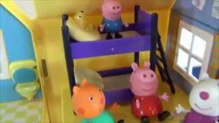 Свинка Пеппа с друзьями играет в догонялки. Кэнди и Сьюзи гостят у Пеппы дома