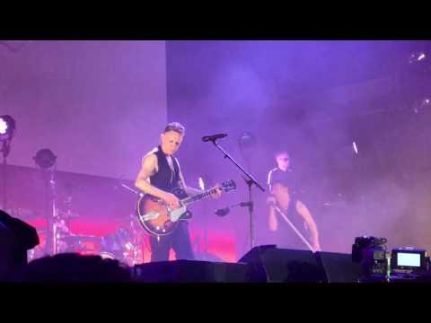 """Depeche Mode Dresden 2017 """"Personal Jesus"""""""