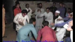mahndi dance funny punjabi 2011 pakistani drama clip top.mp4