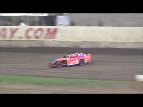 34 raceway HOT LAPS and HEAT RACE april 8 2017
