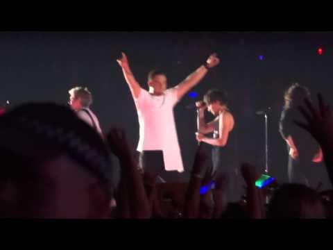 One Direction - Where Do Broken Hearts Go OTRA 7-2-15 Sydney HD