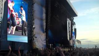 Rage Against the Machine - Bombtrack : Download Festival 2010