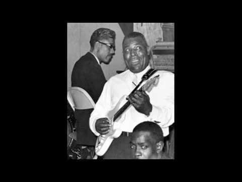 Howlin' Wolf - Smoke Stack Lightning - YouTube
