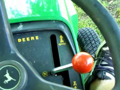 john deere 300 series lawn tractor youtube. Black Bedroom Furniture Sets. Home Design Ideas