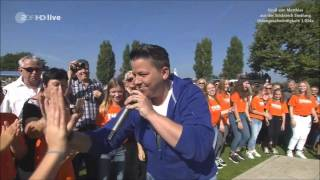 Kerstin Ott - Scheißmelodie - ZDF Fernsehgarten 25.09.2016 - (Videogeschwindigkeit: 1,034x)